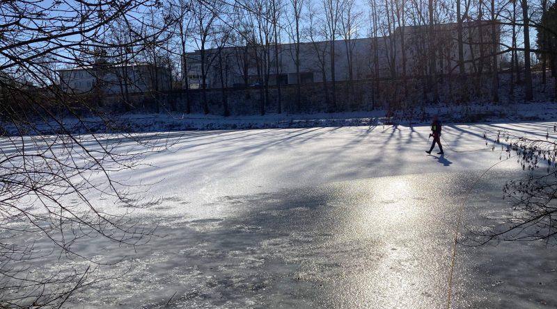 Eisdickenmessung 14. Februar